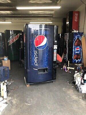 Vendo 516-8 Soda Vending Machine Wcoin Bill Accept Pepsi Bubble Front