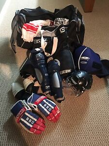 Men's hockey equipment and bag