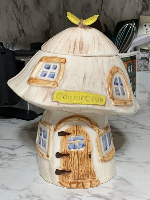 Vintage Treasure Craft Mushroom Cookie Club Cookie Jar