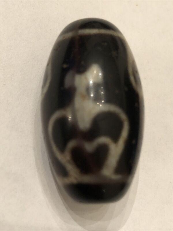 "Pure Tibetan Agate Stone ""4 Aquarius / Treasure Bottle"" Dzi Bead"