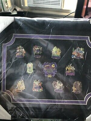 Halloween Event 07 (DISNEY Mickey's Not So Scary Halloween Party 2007 Event Framed Pin Set)