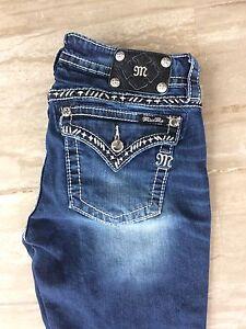 Miss Me 30 skinny jeans euc