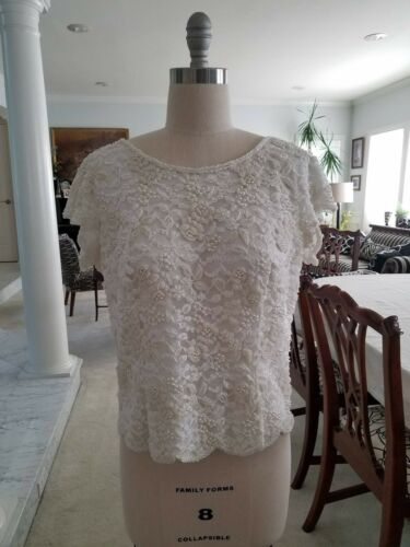 VINTAGE HONG KONG Lace & Hand Beaded Zip Back Short Sleeve Dressy Top; 1950s MCM