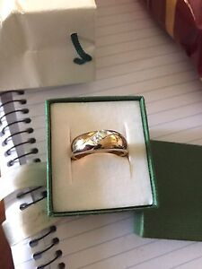 Gents two tone diamond gold ring Woodvale Joondalup Area Preview