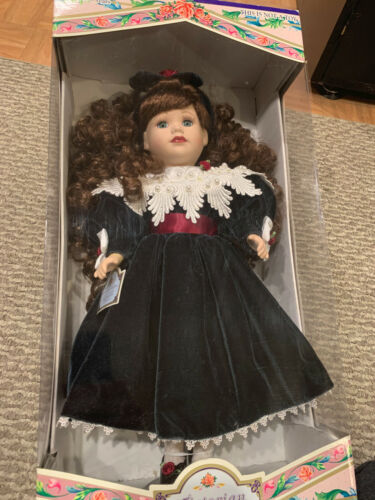 Victorian Collection Doll Genuine Porcelain 1997 17 Inch By Melissa Jane #76867