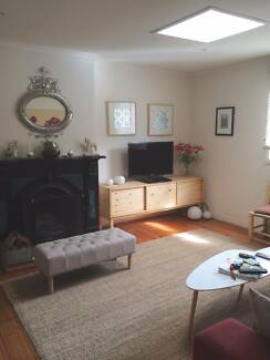 House with cat in Abbotsford for rent over Christmas