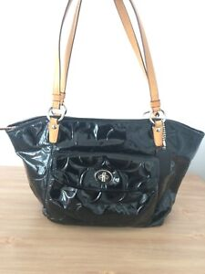Authentic Coach Black Patent Leather Purse/Bag/Tote handbag