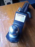 Genuine nissan d40 tow bar North Gosford Gosford Area Preview