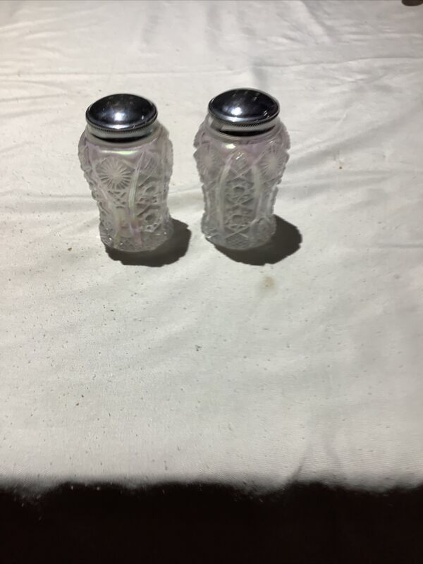 IMPERIAL WHITE CARNIVAL GLASS PAIR OF SALT AND PEPPER SHAKERS