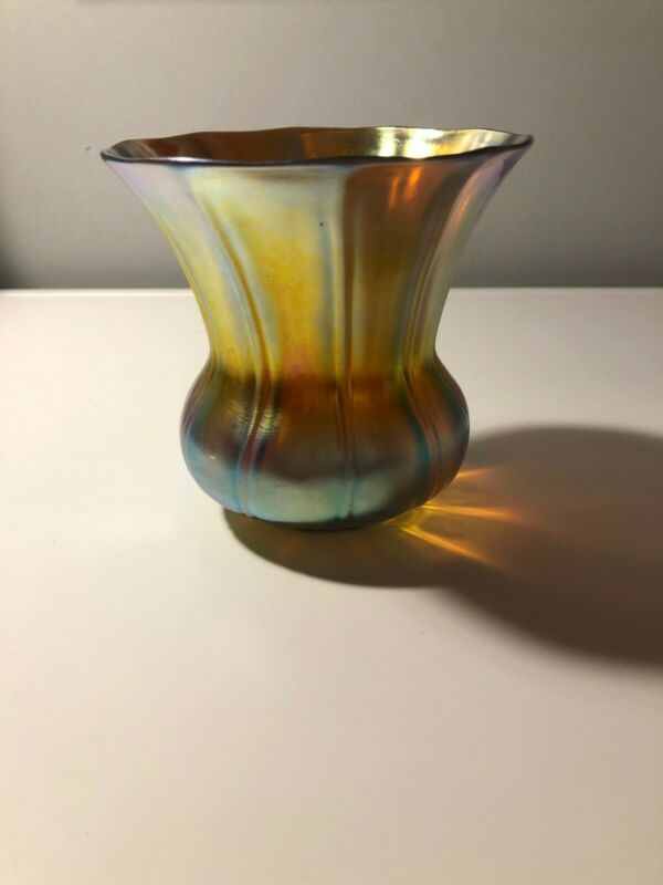Signed Numbered STEUBEN Art Glass Vase Gold Aurene Vase Iridescent
