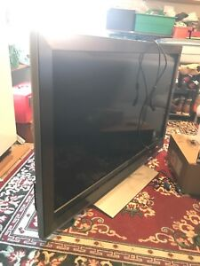 52inch flat screen tv with 3 HDMI port!!