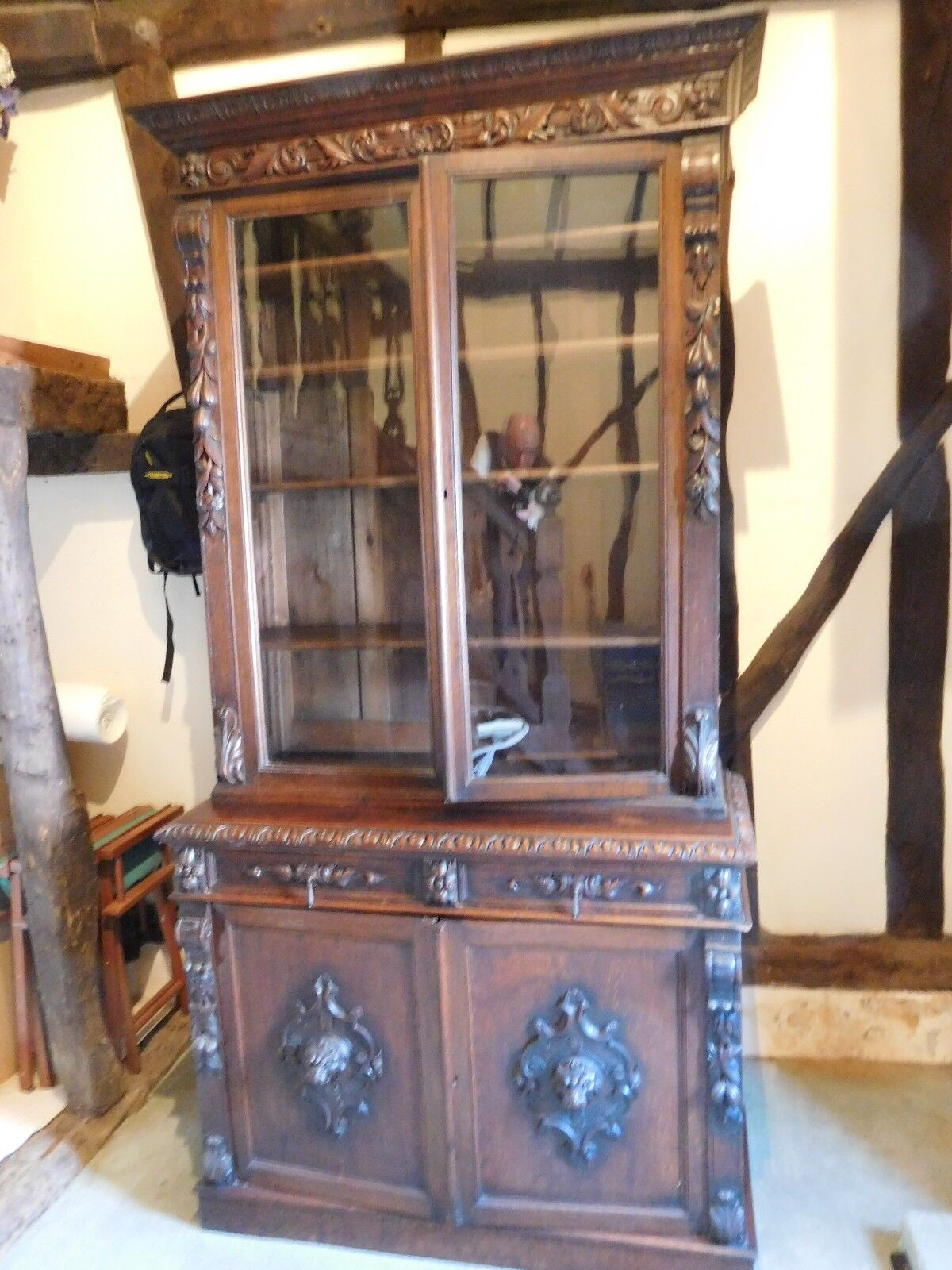 Large Heavily Carved Victorian Oak Bookcase/Dresser - Simply Magnificent !