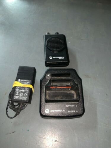 Motorola minitor V 2 channel stored voice vhf low band pager 46-49mhz