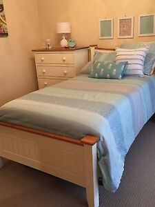 King Single Bed Suite Invermay Park Ballarat City Preview