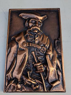 Coppered cast metal plaque 27x18cm male figure TC260718C