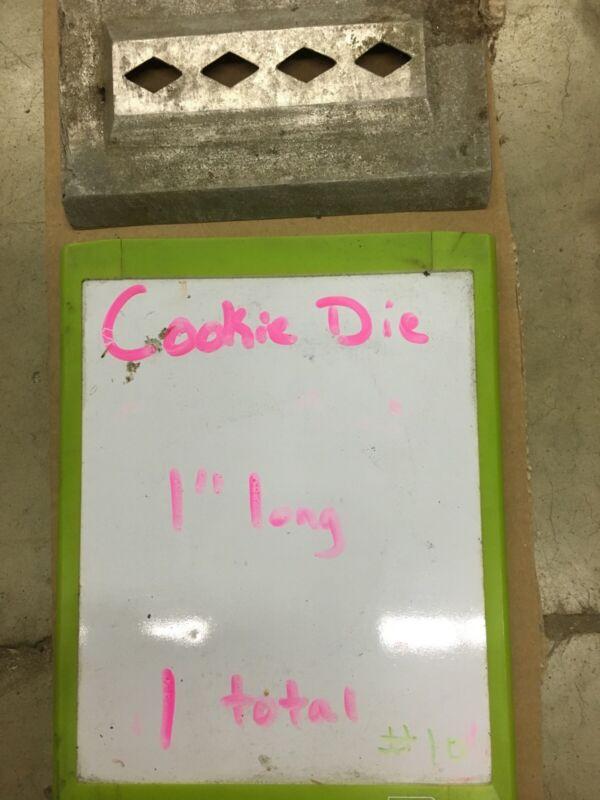 """Triumph Magna Cookie Depositor Die """"10"""""""