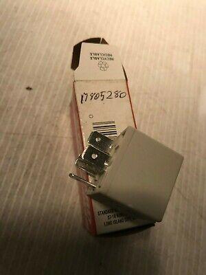 M805280 John Deere  Relay Standard