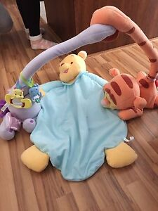 Winnie the pooh mat great condition 20$