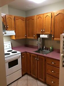 $450 Cash Incentive - Large Downtown Studio with patio