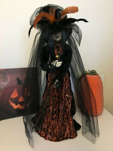 """HALLOWEEN Witch 24"""" Broomstick Blvd. Amazing Features/Stunning Clothes BRAND NEW"""