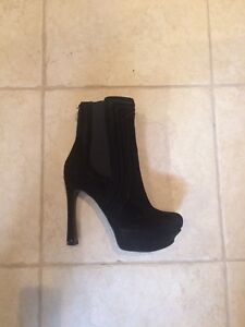 Guess Platform Ankle Boots