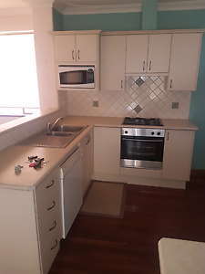 Second hand kitchen Ardross Melville Area Preview