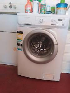 7kg Electrolux washing machine