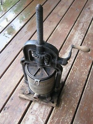 1897 Norvell Shapleigh Diamond Louis Sausage Stuffer Cast Iron Fruit Lard Press