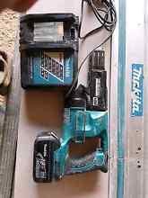 Makita Screw gun + battery and charger Grange Charles Sturt Area Preview