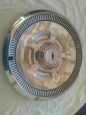 Chevy Chevelle 14 in Hubcap vintage