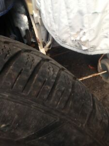 Pneus hiver 225/65/16 Dunlop