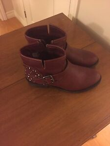 Ladies boots and shoes