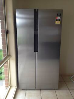 SAMSUNG Side by Side Fridge Model SRS583NLS(Brand new condition) Pakenham Cardinia Area Preview