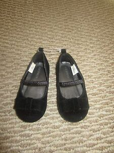 New Joe Fresh Baby   Shoes Size 5: Great as a Gift!