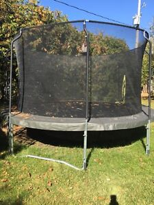 14' ACON Trampoline with net and ladder