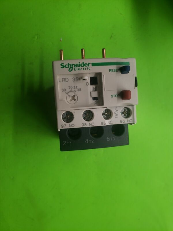 Schneider Electric LRD35 Overload Relay. 30-38 Amps. Aaon P/N P61160. New.