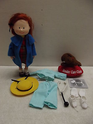 MADELINE DOLL VETERINARIAN PLAY ADVENTURE VET SET GENEVIEVE DOG BED ACCESSORIES
