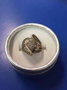 Ladies Gold Diamond Ring Adamstown Newcastle Area Preview