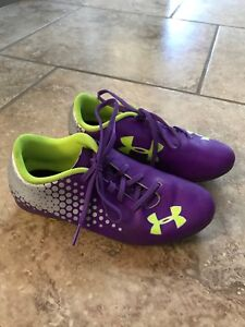 Kids soccer shoes Under Armour size 1