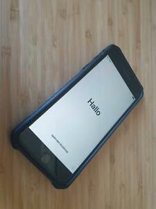 UNLOCKED Apple iPhone 8 Plus 256Gb - Black Glass   UAG Case