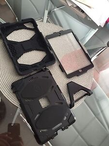 Griffin survivor iPad mini case black
