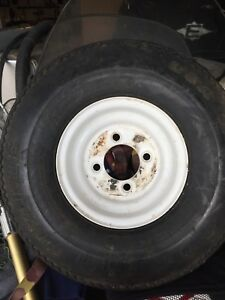 Trailer wheel / tire