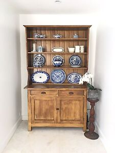 Gorgeous antique kitchen hutch with meat safe Balmoral Brisbane South East Preview