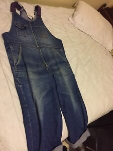 CUTE OVERSIZED OVERALLS (Vintage)