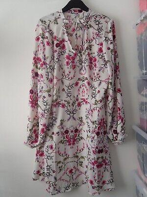 BNWOT Vero Moda Floral Dress Size XL