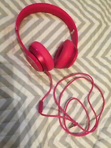 Authentic pink Beats solo