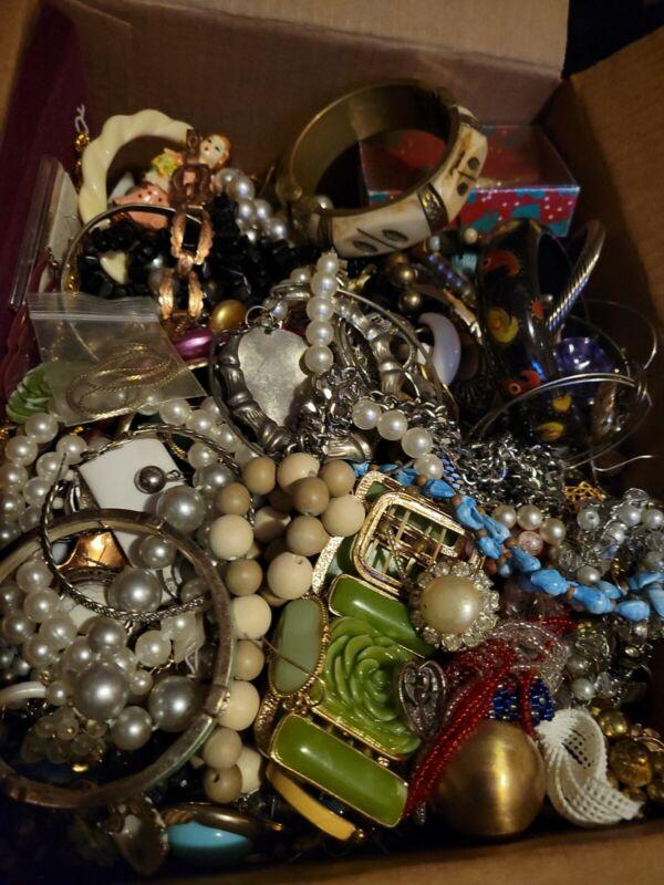 Vintage Jewelry Medium Box Full Wear, Repair, Resell...kool... 10 + Pounds [mb1]