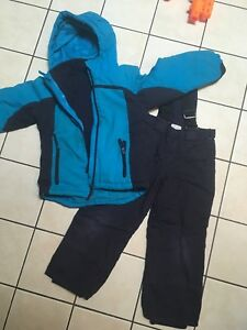 Girls ( or boys) snow suit 5/6