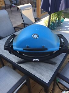 Weber Q1200 w/hose and stand set up
