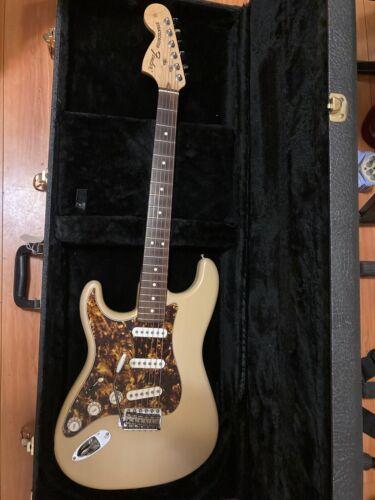 Left Handed 2006 Fender USA  Stratocaster Highway One in See Thru Blonde